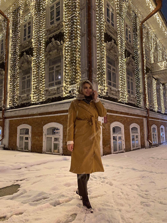 В Новосибирске Алина возобновила проект с позингом и подсказывает, где и как можно сделать красивую фотографию