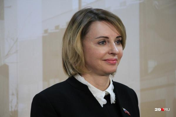 Валентина Сырова,председатель городской думы