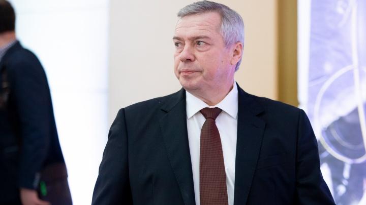 Хроники коронавируса: губернатор Ростовской области отменил пропуска для выхода на работу