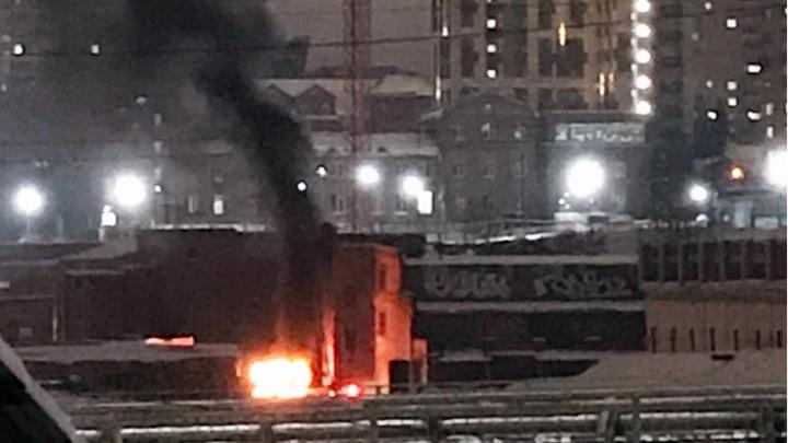 В гаражном кооперативе в Центральном районе сгорел автомобиль «Сузуки»
