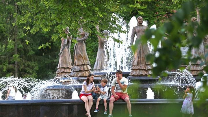 Мокрые майки и спасение от жары: 15 фонтанов в Уфе, где можно пережить зной