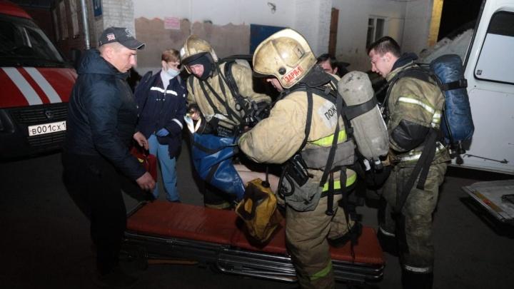 МЧС: в загоревшейся квартире на Котовского погиб человек