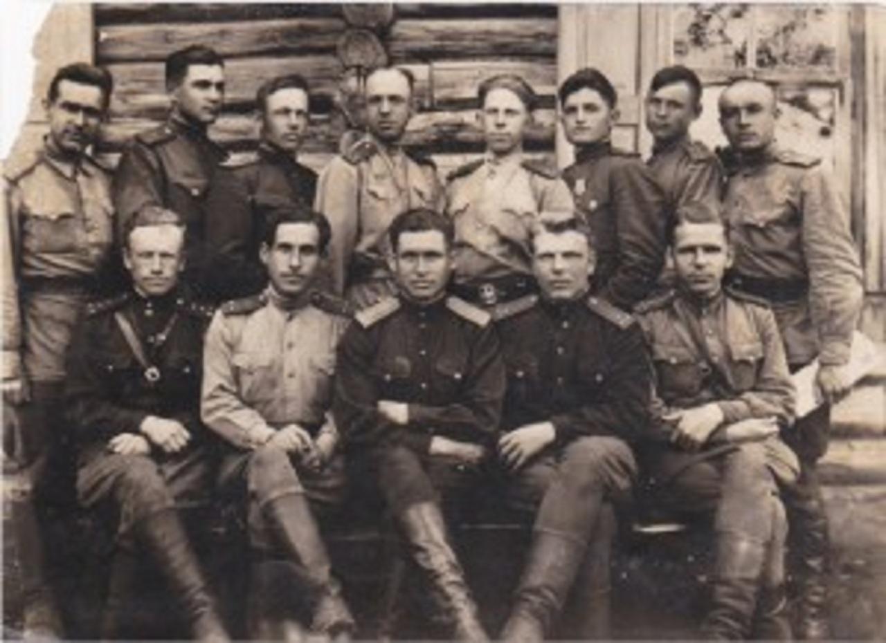Политотдел 17-й снайперской школы. Калачинск. 1943 год