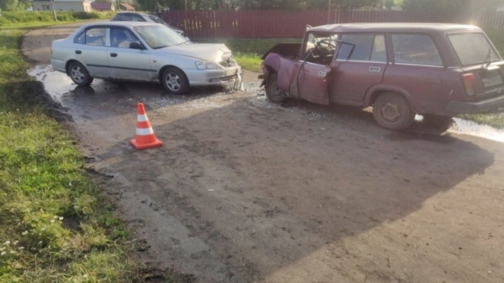 Пять человек попали в больницу после аварии в Пильнинском районе