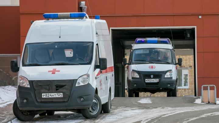 Красноярка вызвала полицию, чтобы добиться госпитализации мужа в ковид-стационар