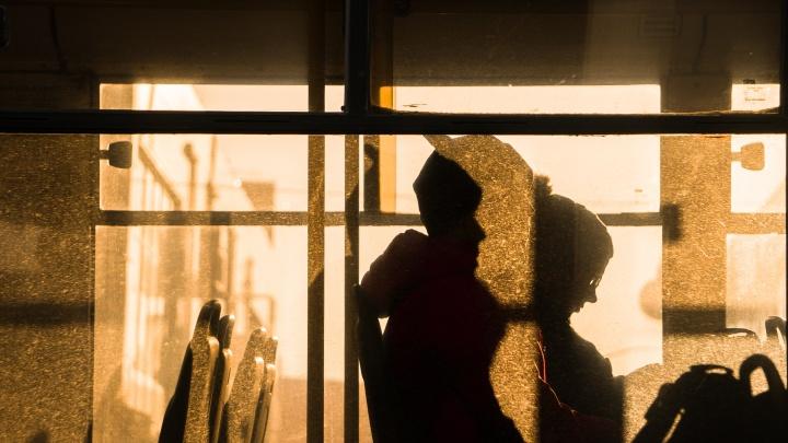 Жизнь идет своим чередом: фотограф снял улицы Волгограда во время пандемии