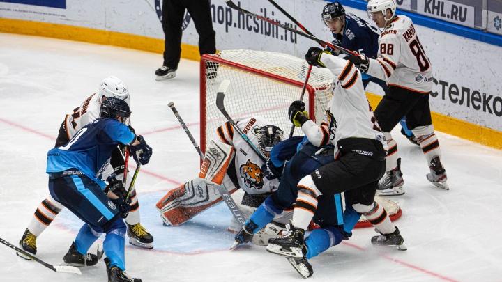 Хоккеисты «Сибири» проиграли «Северстали» в выездном матче