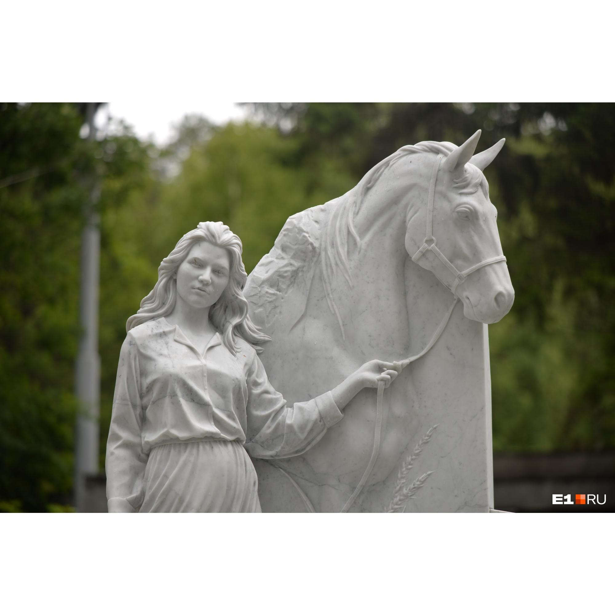 Скульпторы тщательно проработали все детали монумента
