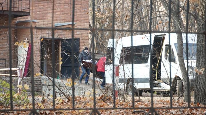Стало известно, что происходит с телами умерших в больнице Середавина