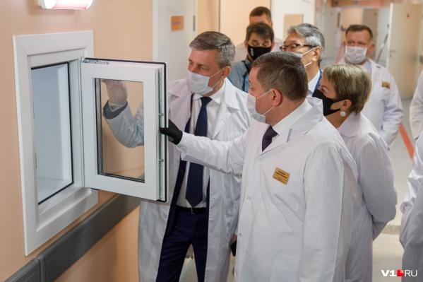 Михаил Таранцов уверен, что чиновникам не мешало бы присмотреться к ситуации