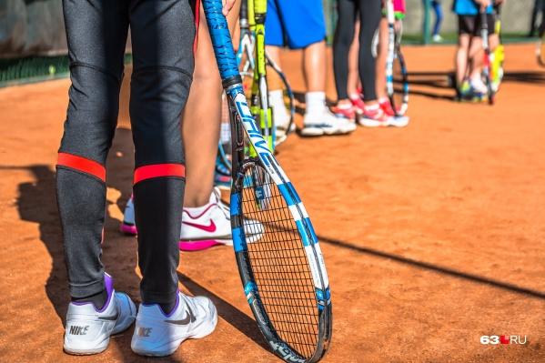 Внутри&nbsp;физкультурно-оздоровительного комплекса будет площадка для игры в теннис<br>