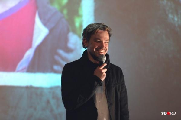 Александр Петров показал второй трейлер к новому фильму, где он играет главную роль