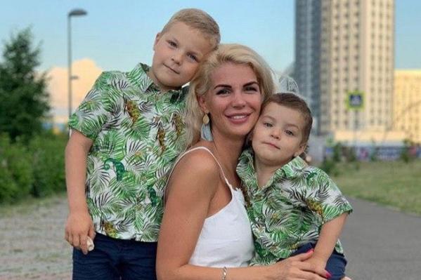 В последнее время в Instagram Екатерины действительно практически нет фото с детьми