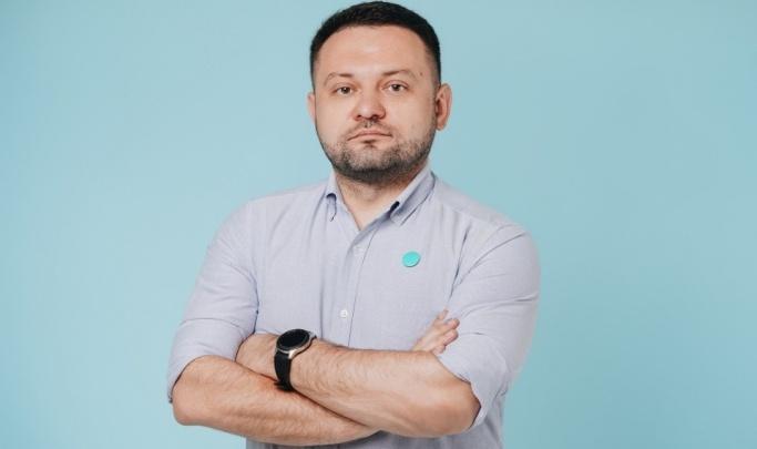 «Не чувствую даже нашатырь, болею достаточно тяжело»: у депутата горсовета Сергея Бойко — симптомы ковида