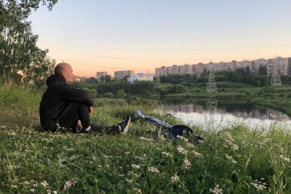 Ехать на велосипеде Иван решил за месяц до поездки