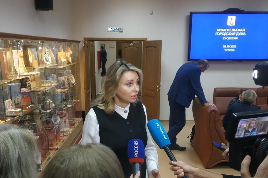 Валентина Сырова считает, что «люди подустали от выборов», поэтому избрание главы города депутатским корпусом — верное решение