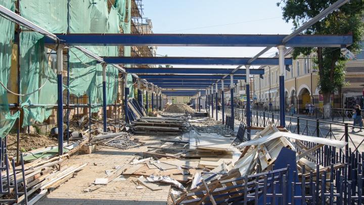 На Центральном рынке в Ростове по решению суда снесли ларьки
