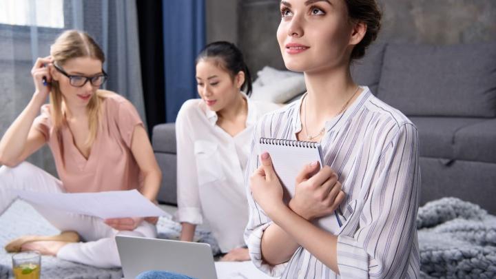 Девушки хотят заниматься бизнесом: эксперты составили индекс женского предпринимательства