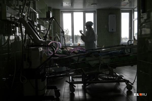 Заболевшие медики есть практически во всех территориях Кузбасса