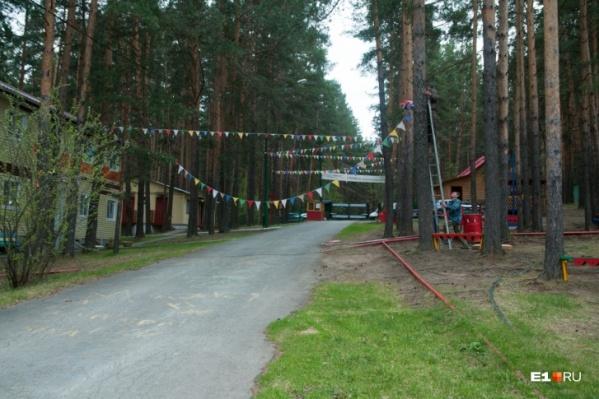 Лагеря подготовили к приему детей, но первая смена может не состояться