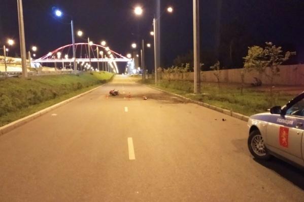 Авария произошла на улице Радищева, по пути на Николаевский мост