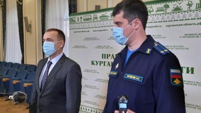 «Препараты выписывали вразнобой»: Шумков рассказал о проблемах в лечении больных COVID-19 зауральцев
