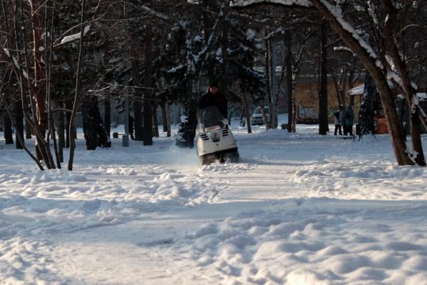 Если у вас есть свои лыжи, то вы можете покататься здесь бесплатно