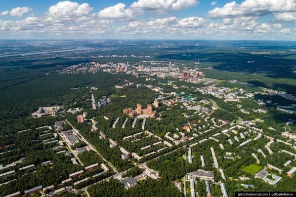 Академгородок основали в 1957 году, до сих пор он считается научным центром Новосибирска