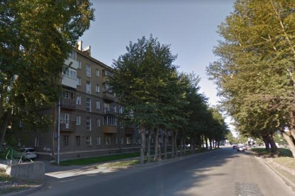 Мужчина разбился на улице Котовского