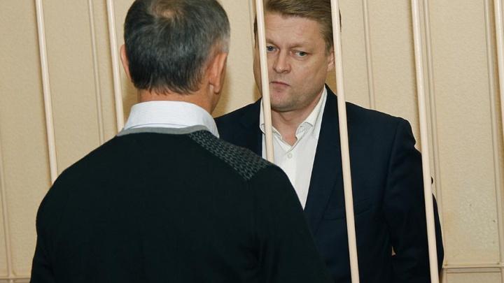 Осуждённому за взятку бывшему вице-мэру Чебаркуля отказали в замене срока исправительными работами