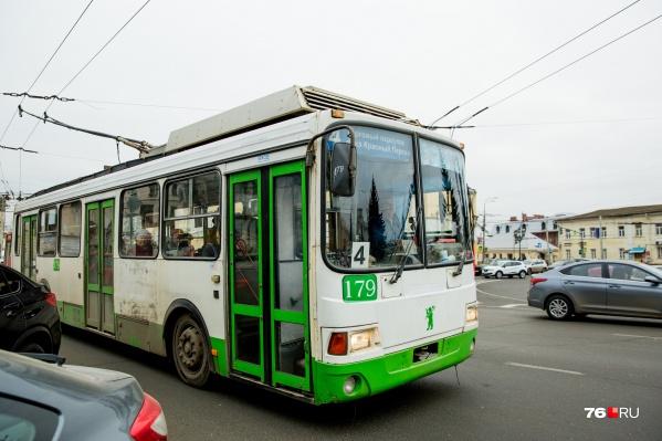 """Троллейбусные маршруты <nobr class=""""_"""">№ 3</nobr> и 4 в августе 2019 года были закрыты на время капитального ремонта Тутаевского шоссе"""
