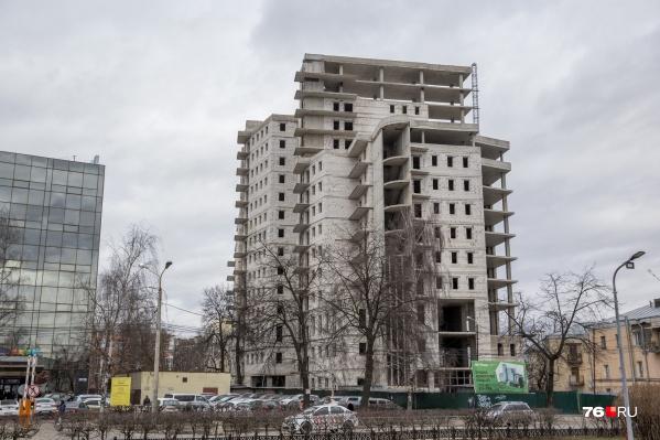 Стройка у Октябрьской площади скоро возобновится