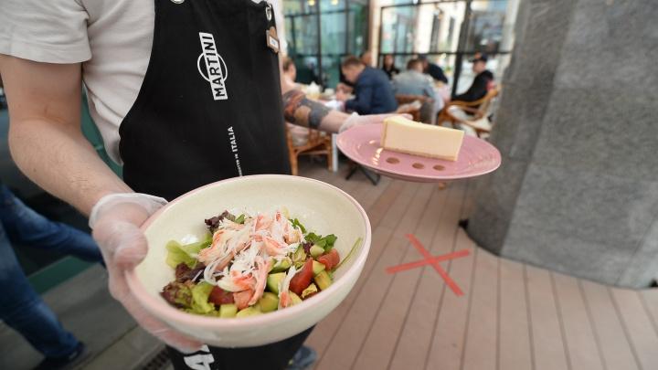 «За выходные закупим продукты, вызовем персонал»: рестораторы Екатеринбурга — об открытии кафе