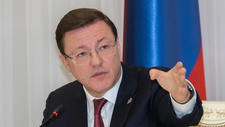 Азаров утвердил список организаций, которые получат льготы из-за коронавируса