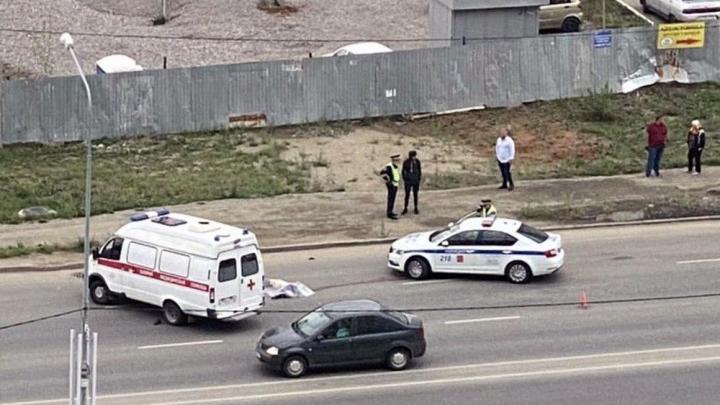 На Университетской Набережной в Челябинске Lexus насмерть сбил пешехода