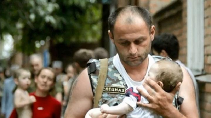 На Мамаевом кургане Волгограда помянут жертв трагедии в Беслане