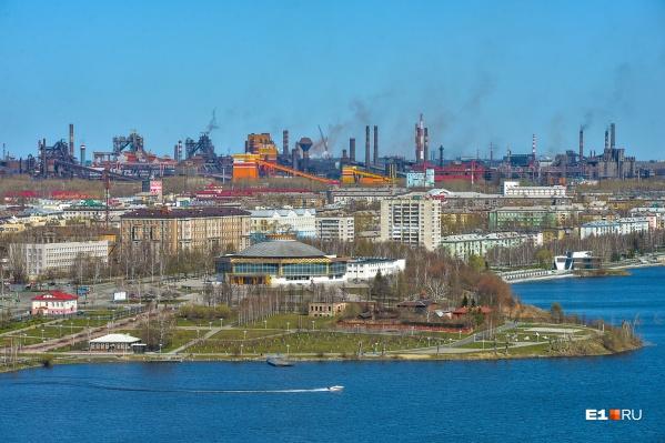 Тагильчан позвал на набережную пруда мэр Владислав Пинаев