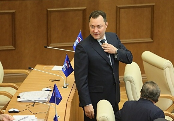 Антимонопольщики не смогли за месяц разобраться с хитрыми закупками депутата Заксобрания