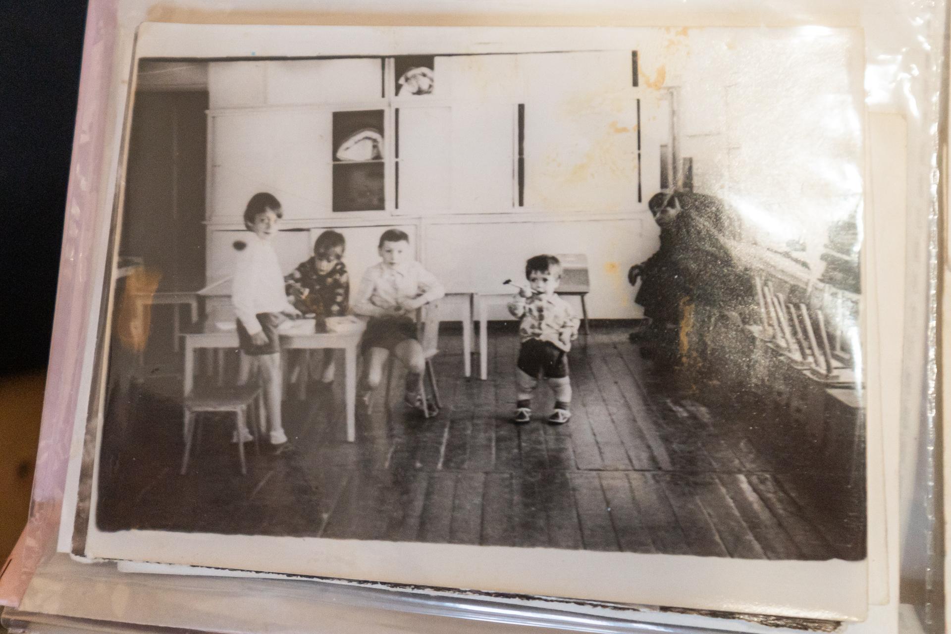 Маленький Алексей ходил в обычный детский сад