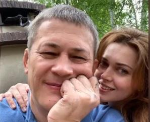 Первая леди Башкирии попросила Радия Хабирова быть с ней