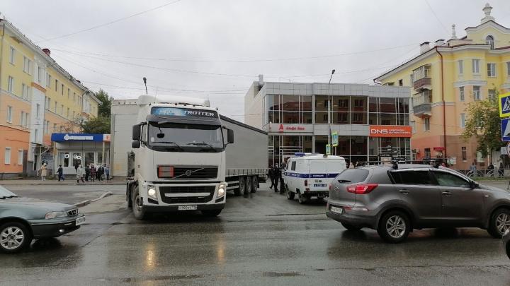 Водитель ехал по навигатору и перепутал улицы: подробности смертельного ДТП в Первоуральске