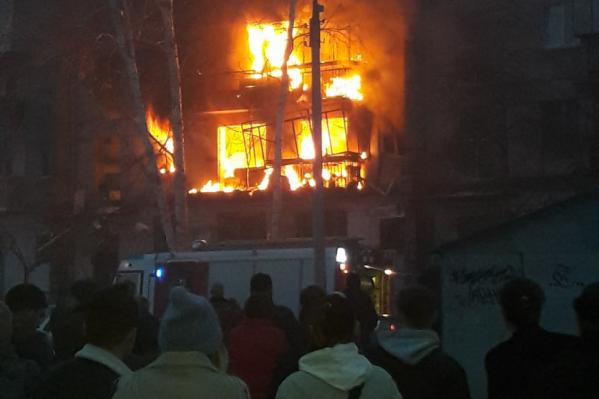 Во время взрыва погибли два человека — женщина и подросток