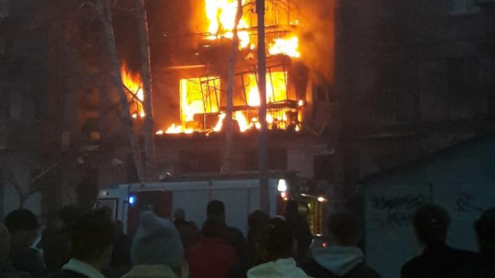 Малыша, пострадавшего при взрыве дома в Магнитогорске, перевезут в Челябинск