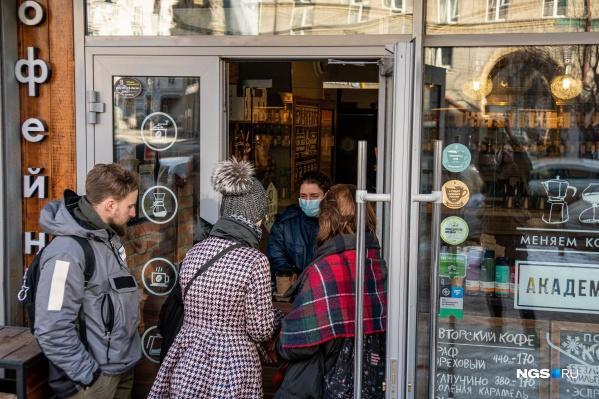 В Ярославле во время эпидемии коронавируса появилась новая услуга — еда навынос