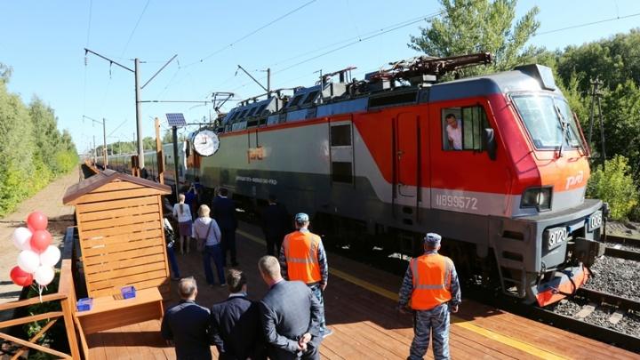 В Стригино встретили первого «Стрижа»: смотрим расписание поезда и как добраться до новой платформы