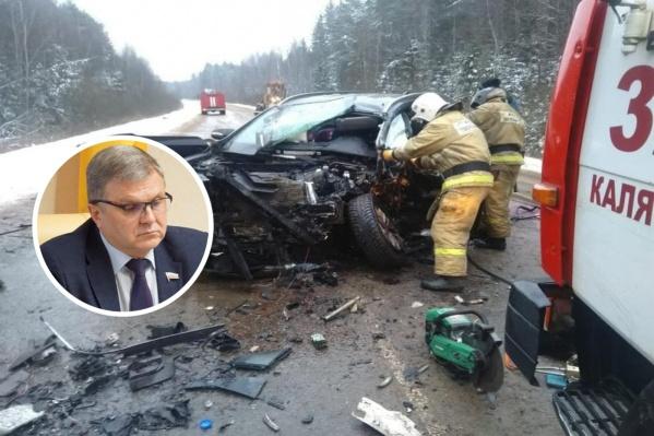 По предварительным данным, Алексей Константинов перед столкновением выехал на встречку