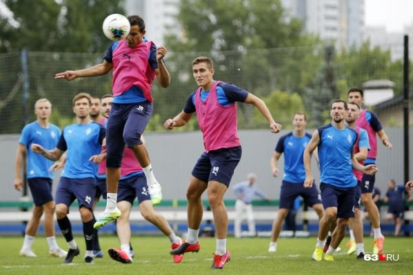 Команда готовится к матчу с «Балтикой» обновленным составом