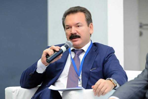 Михаил Сутягинский на протяжении десяти лет искал место для строительства завода по производству кремния
