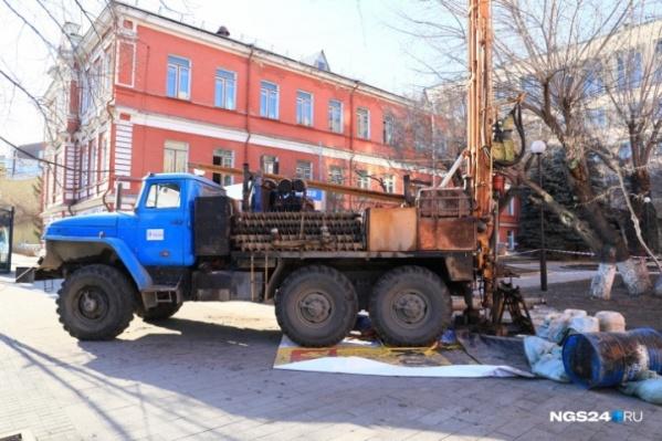 Этой весной по всему городу работали бурильные установки — брали пробы грунта