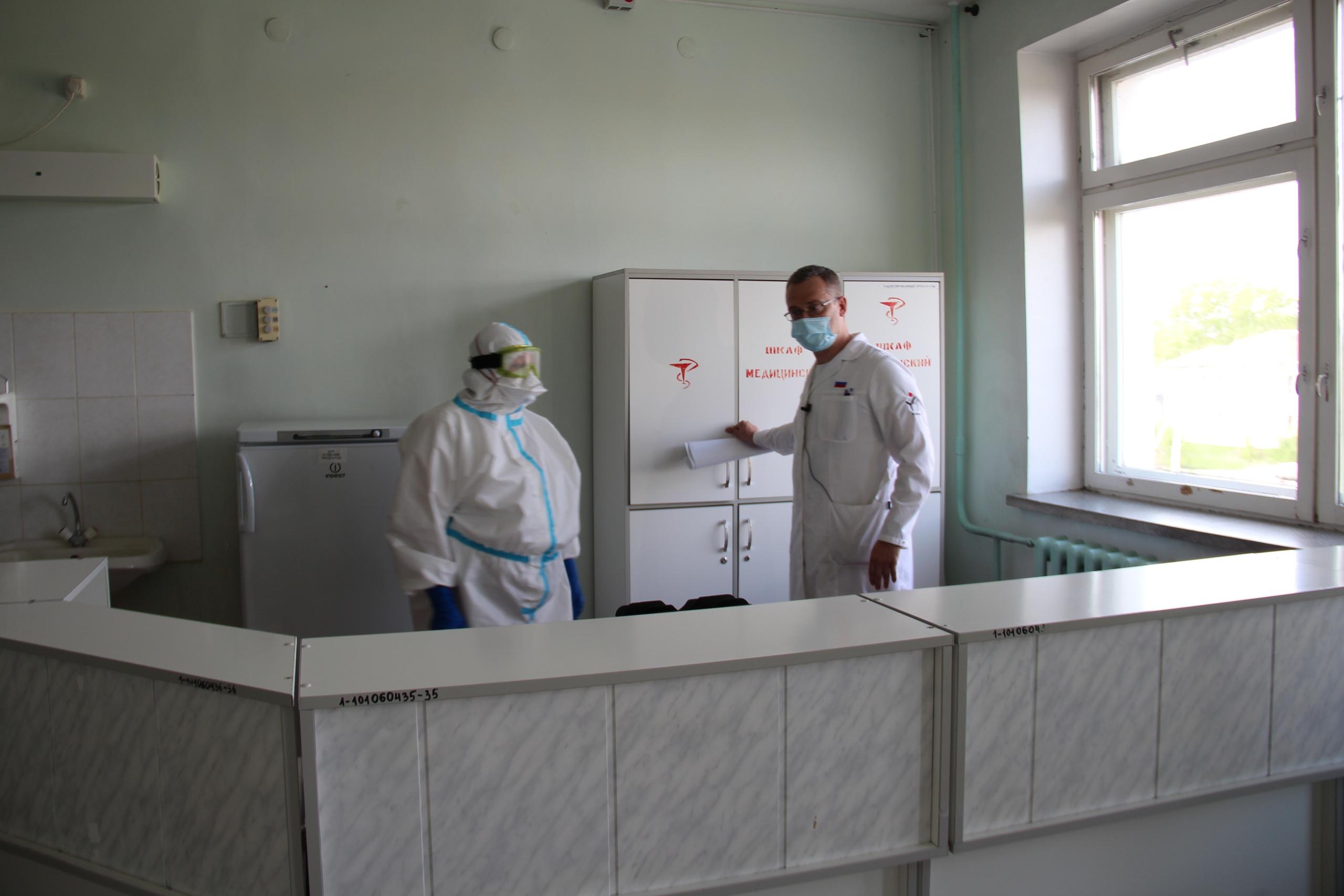 Запас средств защиты каслинские врачи получили в начале мая